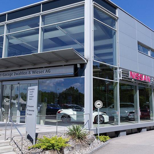 Haupteingang der Autobahn-Garage Zwahlen & Wieser AG