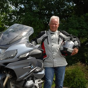 Ihre Fahrschule für Auto & Motorrad in Lengnau