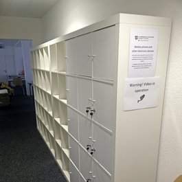 Cambridge English Languages GmbH, St. Gallen - Garderobe