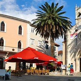 Alter Dorfplatz in Herceg Novi, Montenegro