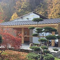 Naturstamm Kleinbauten