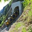 Steilste Standseilbahn der Welt von Schwyz ins Bergdorf Stoos