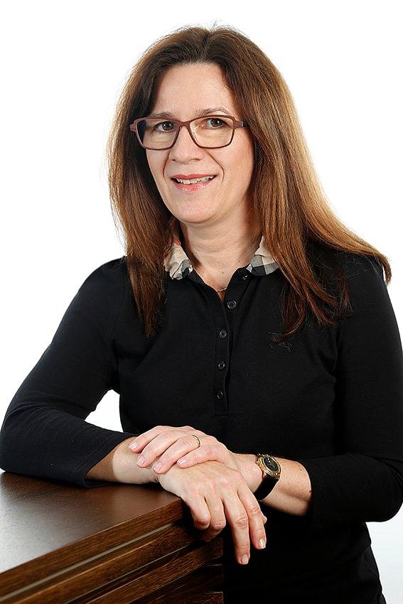 Dr. med. Ines B. Nuttli, Fachärztin FMH für Augenheilkunde und Augenchirurgie
