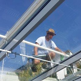 Fensterreinigung, Schaufenster- Glasreinigung.info@biland-services.ch
