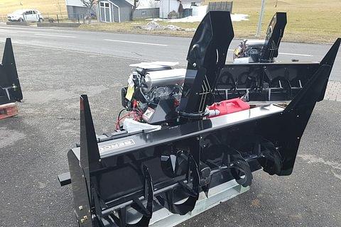 Fraises à neige avec moteur