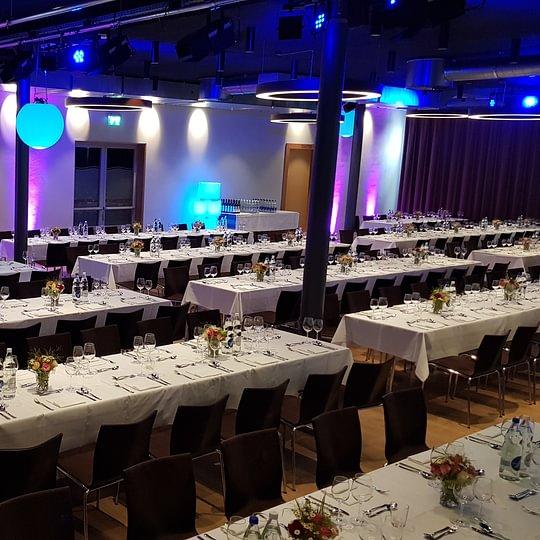 Saal für maximal 300 Personen