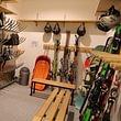 Skiraum mit Schuhtrockner bei den Pisten