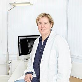 Dr. med. Ulrike Babis, Fachärztin FMH Orthopädische Chirurgie