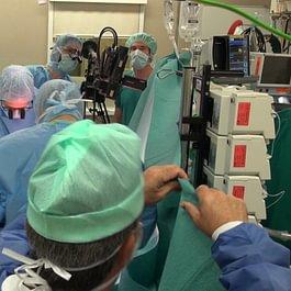 Transmission en direct du bloc opératoire au CHUV
