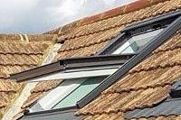 Fenêtres de toit VELUX - Pergolas, stores de terrasse et de balcon STOBAG