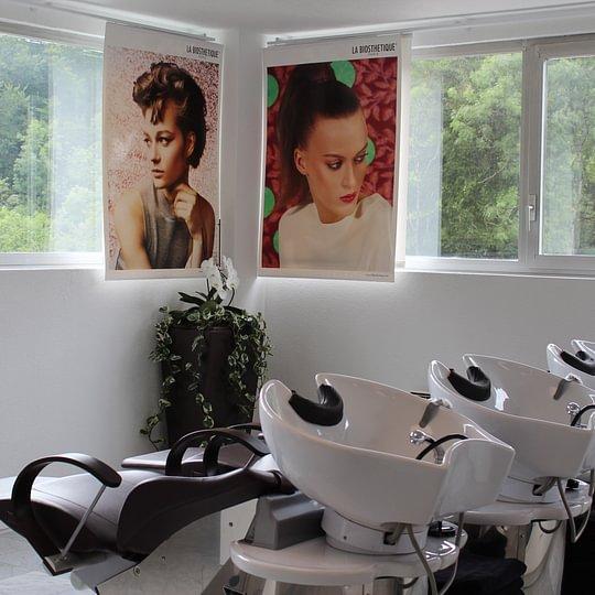 Alba Coiffure, bac à shampoing avec massage