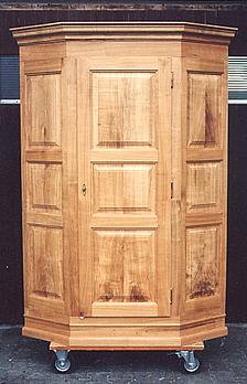 brunner richard s hne ag. Black Bedroom Furniture Sets. Home Design Ideas
