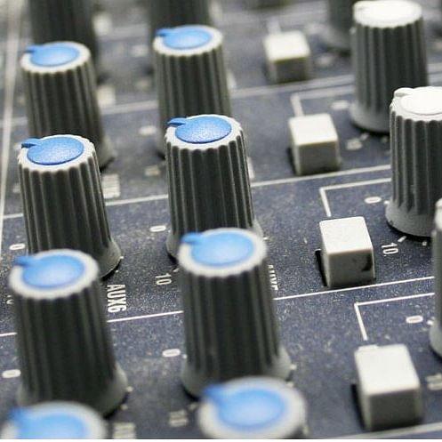 Ribacom Radio- und Fernsehgeschäft, Elektroinstallation Region Simmental