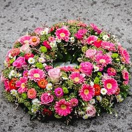 Trauserkranz fuchsia, couronne mortuaire