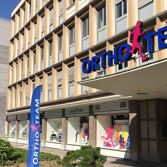 Aussenbereich ORTHO-TEAM Basel