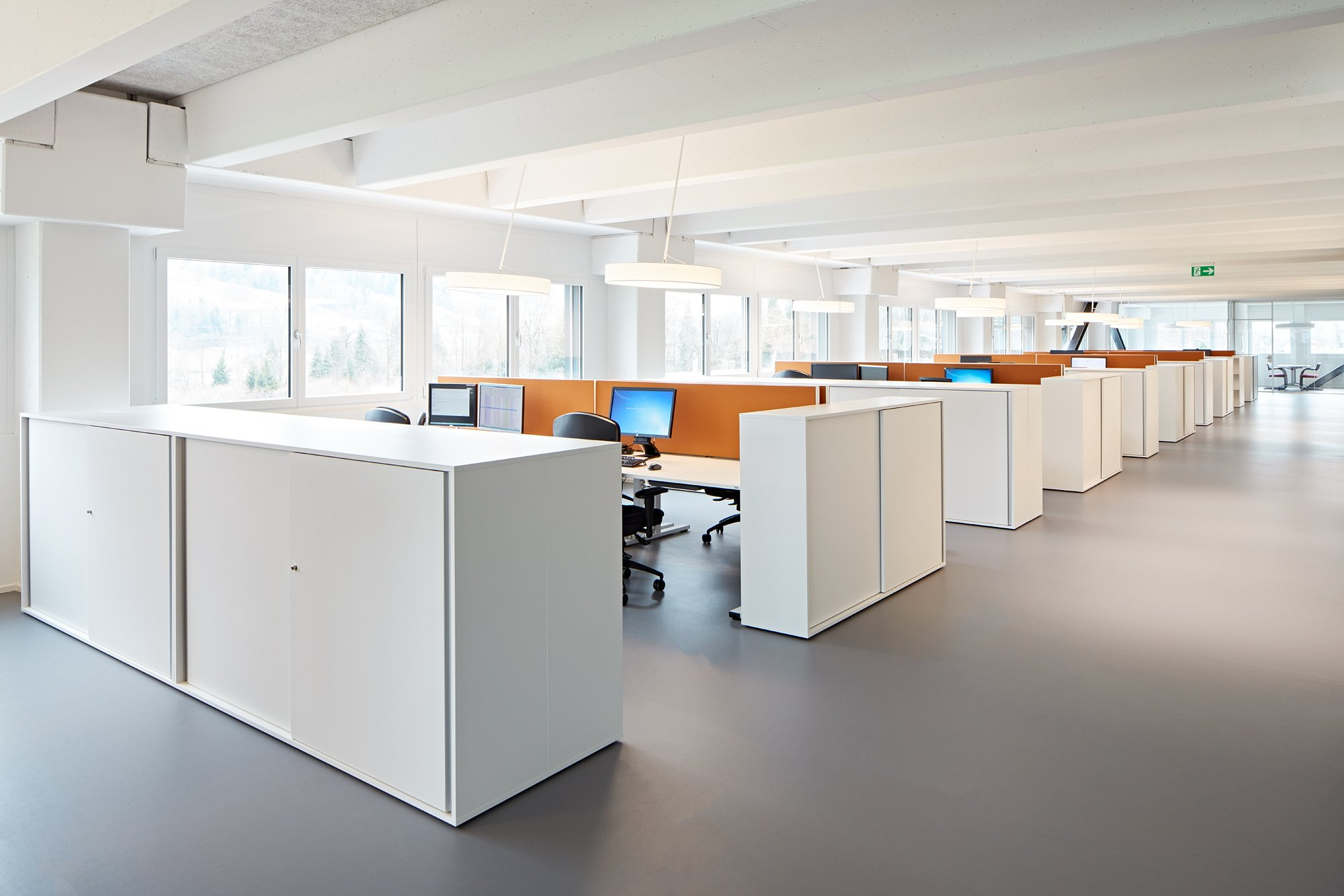 Echo Büromöbel Ernst & Cie AG à Holziken - Adresse & horaires d ...