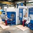 Teilefertigung von mittelgrossen Bohr- und Frästeilen, automatisiert