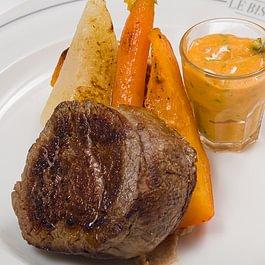 """Filet de boeuf """"Suisse"""", sauce choron et sa purée à la moutarde de Brive"""