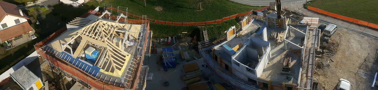 Réalisation de 2 toitures d'immeuble à 4 pans et lucarnes, à Pomy