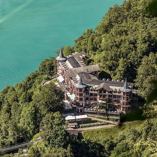 Grandhotel Giessbach aus der Vogelperspektive