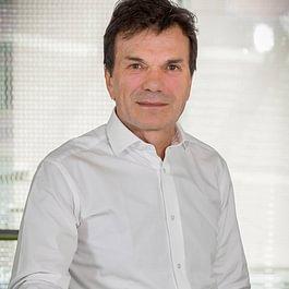 Dr L. Luigi Polla