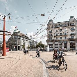Stadt Biel/Ville de Bienne - Zentralplatz/Place Centrale