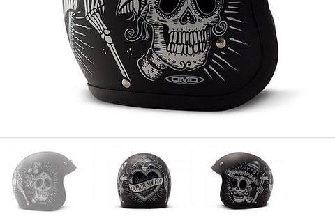 DMD Helmet Sin Fin - Schwarz matt mit Totenköpfen in mexikanischem Stil