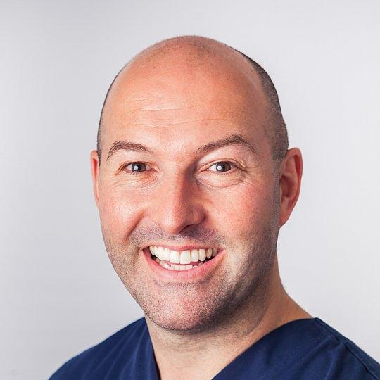 Dr. med. dent. Felix Bertschinger