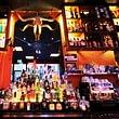 Unsere Bar hat eine grosse Auswahl an spanischen Weinen, Bier und mixen euch eineVielzahlerfrischende Drinks.