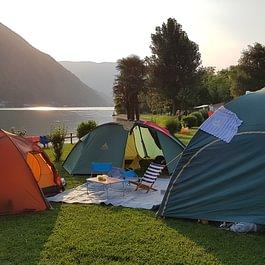 Camping Paradiso Melano direkt am Luganersee