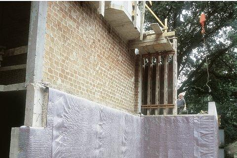 Grundmauerschutz Noppen- und Drainagebahnen