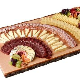 Feine Urnäscher Käse-/Käsefleischplatte eignet sich für jeden Anlass
