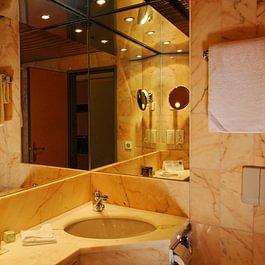 Salles de bain d'une Chambres doubles occupation 1 ou 2 personne(s)