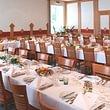 Bankettsaal bereit für eine Geburtstagsfeier