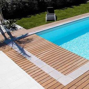 Schwimmbad mit Unterflurabdeckung. Preiswert, günstig, unkompliziert, einfach und schön.