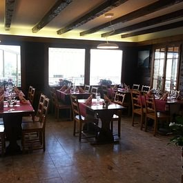 Café Restaurant Les Artisans