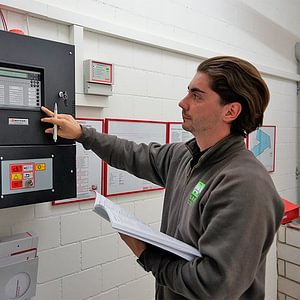 Unsere technisch versierten Mitarbeiter betreuen Heizungsanlagen, etc.