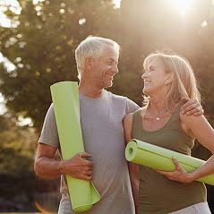 Mit Yoga kann Mann/Frau das Körpergefühl verbessern und die Bewegungsfähigkeit ausbauen und eignet sich als Ausgleich und Ergänzung zu verschiedenen Ausdauersportarten. Entspannung pur!