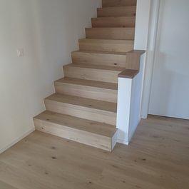 Egli Wohnen AG, Oberaach - Parkett Treppe