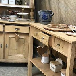 Möbel-Restauration & Kreativ-Werkstatt