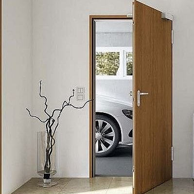 DOOR SYSTEM SA