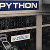 Python P. et Fils