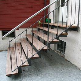 Treppen, Holz im Aussenbereich