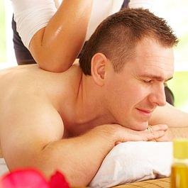 Le massage sportif s'effectue sur la musculature en profondeur