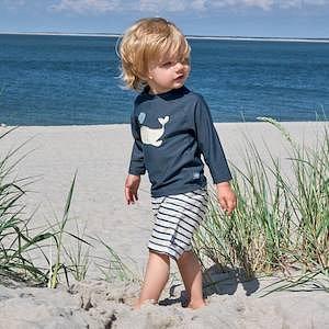 """LÄSSIG UV-Shirt """"Whale"""" mit Badehose """"Striped"""""""