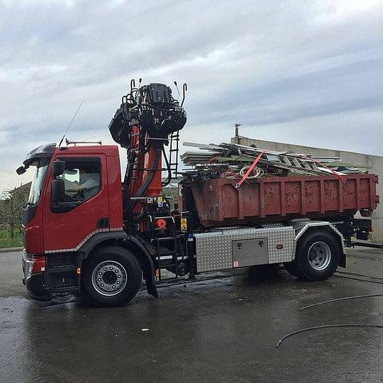 Birchler Récupération Sàrl - Recyclage des déchets camions grapin 2 essieux- Etoy