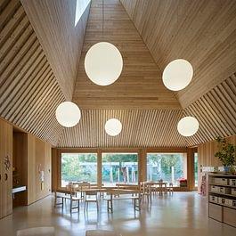 Kindergarten Riehen | HPG oecoline vario® Steildach-Element