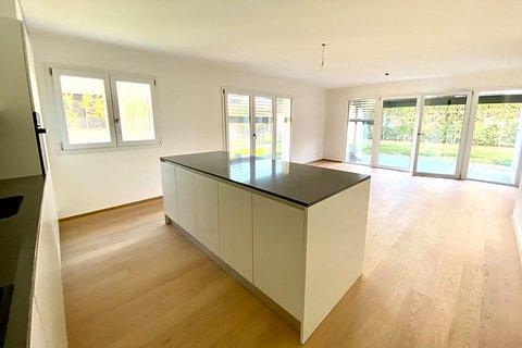 VACALLO - vendesi nuovo appartamento di 3 locali con ampio giardino