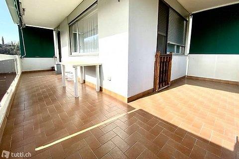 MORBIO INFERIORE - vendesi ampio appartamento di 4.5 locali