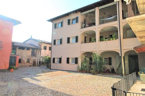 Genestrerio Appartamento 4,5 locali in corte di nucleo in affitto